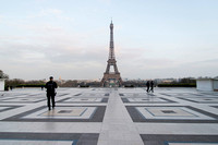 Trocadero is usually filed with tourist admiring the Eiffel tower  � Ludo Segers
